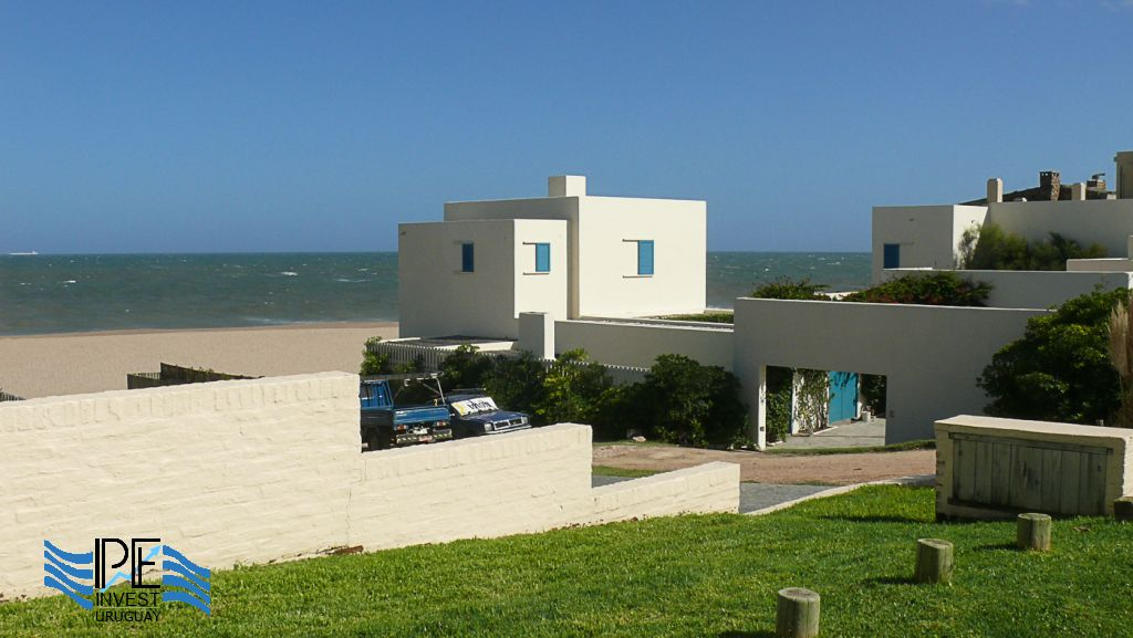 Cubist architecture on the beach